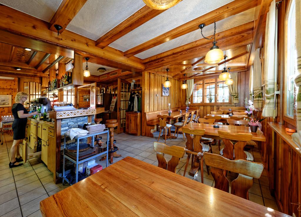 refuge_restaurant_02